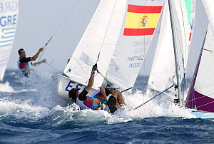 Fourth round of the Men's Double Handed Dinghy 470, Olympic Games, Athens, Greece, 15 August 2004.  Editorial Use Only. - Barry Bland