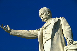 Monument to the liberator of Cuba, Jose Marti, in Parque Central, Havana, Cuba.  -  Onne van der Wal