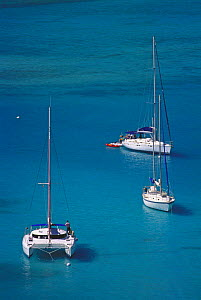 Yachts anchored in White Bay, Jost Van Dyke Island (JV Dyke), British Virgin Islands (BVI). - Roberto Rinaldi