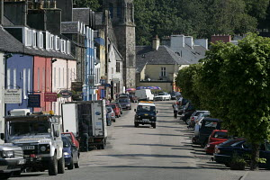 The high street of the picturesque town of Tobermory on the Isle of Mull, Scotland. - Richard Langdon