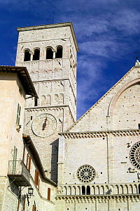 Clock and bell tower of San Rufino Cathedral, Assisi, Italy. - Angelo Giampiccolo