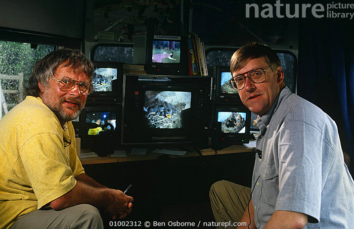 Bill Oddie and Peter Holden in outside broadcast van for Bird in the Nest series, 1994  ,  BBC,ENGLAND,EQUIPMENT,EUROPE,FILMING,MALES,MONITORS,NHU,OUTSIDE BROADCAST,PEOPLE,PORTRAITS,PRESENTERS,UK,United Kingdom,British  ,  Ben Osborne