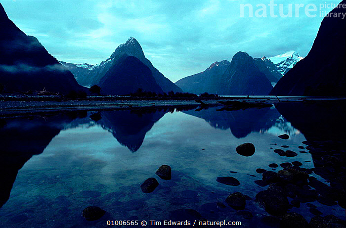 Milford Sound showing 'Mitre Peak' (end of Mildford Track walk). Fiordland NP, South Island, New Zealand  ,  FIORDLAND,SOUTH,NP,SOUND,END,HORIZONTAL,LAKES,MILFORD,MITRE,REFLECTIONS,TRACK,WALK,ISLAND,MOUNTAINS,PEAK,NATIONAL PARK  ,  Tim Edwards