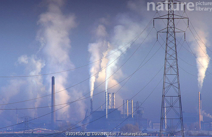Air pollution from Pasminco plant, Avonmouth, Bristol, Avon, UK  ,  BUILDINGS,CONSERVATION,EMISSIONS,ENERGY,ENGLAND,ENVIRONMENTAL,EUROPE,INDUSTRY,LANDSCAPES,PIPES,POLLUTION,POWER,PYLONS,STEAM,UK,URBAN,United Kingdom,British, United Kingdom, United Kingdom, United Kingdom  ,  David Noton