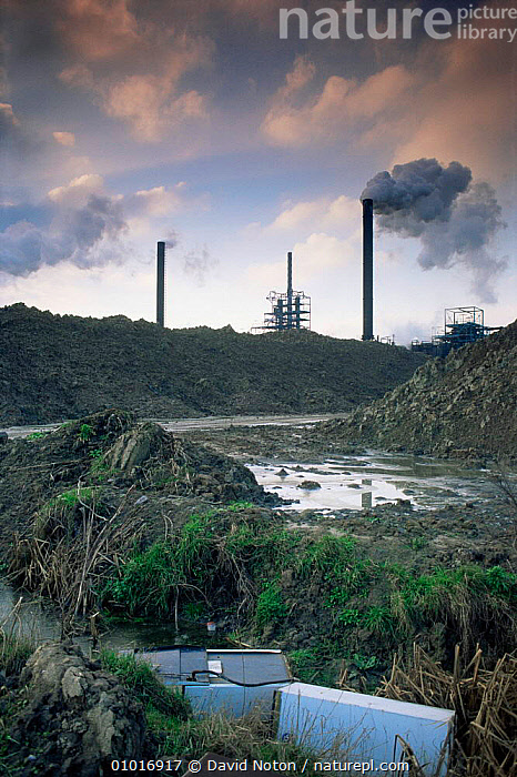 Pollution - industrial wasteland Avonmouth near Bristol, UK  ,  DEVASTATION,ENGLAND,EUROPE,INDUSTRIAL,INDUSTRY,LANDSCAPES,POLLUTION,SMOKE,UK,VERTICAL,United Kingdom,British, United Kingdom, United Kingdom  ,  David Noton