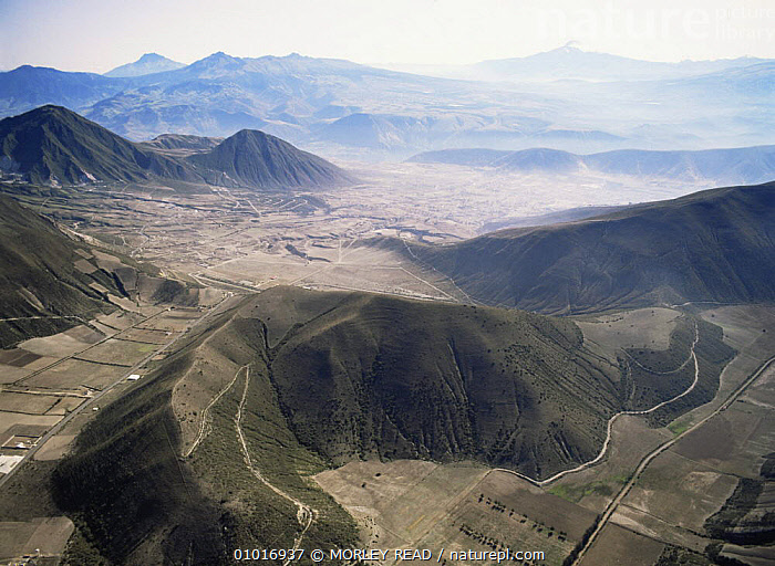 Aerial view of deforestation north of Quito, Ecuador  ,  AERIALS,ANDES,DEFORESTATION,LANDSCAPES,SOUTH AMERICA,TROPICAL RAINFOREST  ,  MORLEY READ