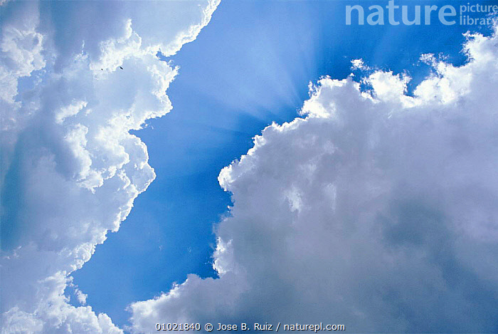Sky with clouds, Spain, BLUE,CLOUDS,HORIZONTAL,SKIES,WEATHER,WHITE,Europe, Jose B. Ruiz