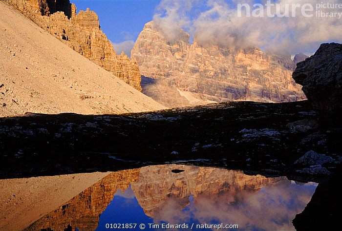 Mountain reflection, Dolomites, Italy, LANDSCAPES,CLOUDS,ATMOSPHERIC,MOUNTAINS,,PEACEFUL,ROCK FORMATIONS,HOLIDAYS,REFLECTIONS,EUROPE,HORIZONTAL,TE,ALPINE,OUTSTANDING,SKY ,LAKES,CONCEPTS,WEATHER,GEOLOGY, Tim Edwards