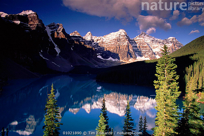 Banff NP, Banff National Lake. Canada. Montains reflections. Mountains and lake scene., LAKES,ATMOSPHERIC,LAKE,NP,REFLECTIONS,,OUTSTANDING,RESERVE,SNOW,TE,BANFF,SCENE,LANDSCAPES,MOUNTAINS,COLOURFUL,HORIZONTAL,HOLIDAYS,NATIONAL,NORTH AMERICA,ROCK FORMATIONS,CONCEPTS,GEOLOGY,NATIONAL PARK,CANADA,,Canadian Rocky Mountain Parks World Heritage Site, UNESCO World Heritage Site,Rocky Mountains,Rockies,NP,Reserve,, Tim Edwards
