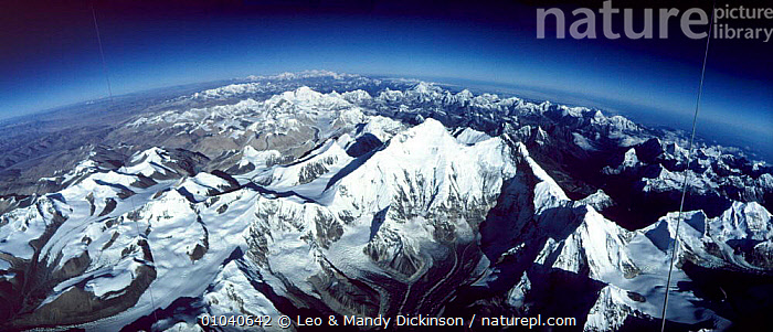 Aerial of Mt Everest from Tibet looking to Nepal. Kungchung face Himalayas. From hot air balloon  ,  AERIAL,,EVEREST,FACE,HIMALAYAS,HOT,INDIAN SUBCONTINENT,KUNGCHUNG,LDI,MOUNTAIN,MOUNTAINS,PANORAMIC,RANGE,ASIA ,AERIALS,CHINA  ,  Leo & Mandy Dickinson