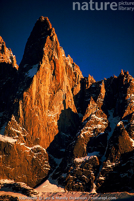 Dru Mountain in afternoon sun, near Chamonix, French Alps, Europe  ,  MOUNTAIN,FRENCH,DRU,CHAMONIX,ALPS,MOUNTAINS,ROCK FORMATIONS,VERTICAL,GEOLOGY,Europe  ,  Leo & Mandy Dickinson