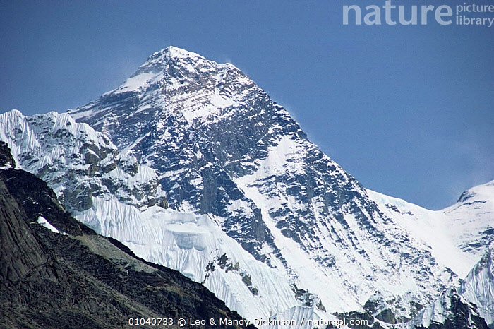 Mount Everest, Himalayas, Nepal  ,  ASIA,INDIAN SUBCONTINENT,LANDSCAPES,MOUNTAINS,SNOW  ,  Leo & Mandy Dickinson