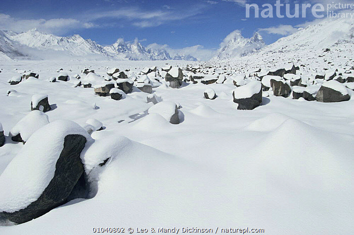 Snowfall on the Biafo glacier in the Karakorum Mountains, Pakistan  ,  ASIA,GEOLOGY,GLACIERS,ICE,INDIAN SUBCONTINENT,LANDSCAPES,MOUNTAINS,SNOW,WINTER,INDIAN-SUBCONTINENT  ,  Leo & Mandy Dickinson