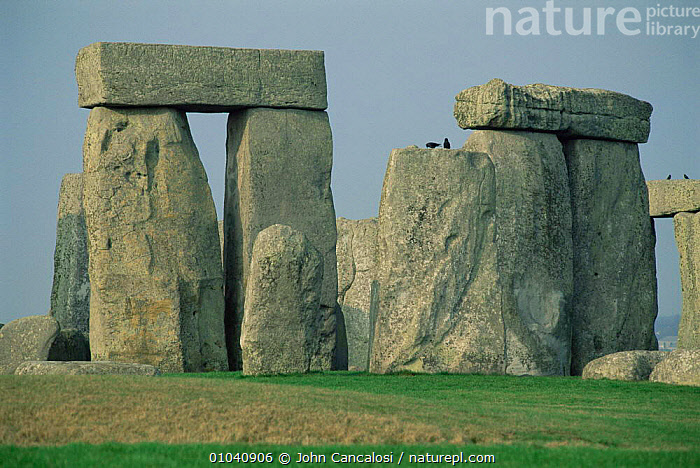 Stonehenge, ancient monument. Wiltshire, UK.  ,  ARTIFACTS,DRUID,ENGLAND,EUROPE,STANDING STONES,TOURISM,UK,United Kingdom,British,GettyBOV  ,  John Cancalosi