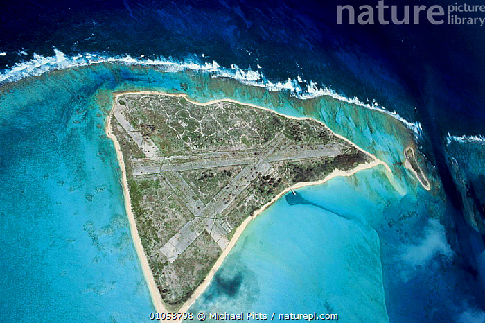 Eastern Island, Midway Islands, Pacific ocean. Showing runways used in World War II., AERIAL,AIRPORT,ATOLLS,EASTERN,ISLAND,MICHAEL,MP,OCEAN,OCEANIA,PACIFIC,PITTS,RUNWAYS ,AERIALS,HAWAIIAN ISLANDS,OCEANIA/PACIFIC, Michael Pitts