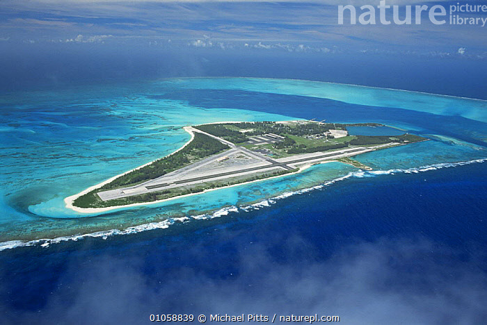 Sand island, main runway for Midway, Pacific Ocean., CORAL ATOLL,HORIZONTAL,OCEAN,OCEANIA,PACIFIC,PACIFIC ISLANDS, Michael Pitts