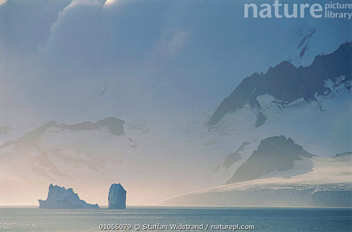 Icebergs, Paulet Island Antarctica., ANTARCTIC,BLUE,ICE,ICE FORMATIONS,LANDSCAPES,Catalogue1, Staffan Widstrand