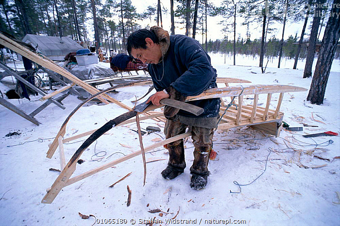 Man making a sleigh, Nentsy, Kanin Peninsula, W Arctic Russia  ,  LANDSCAPES,PEOPLE,TRADITIONAL,TRANSPORT,CIS  ,  Staffan Widstrand