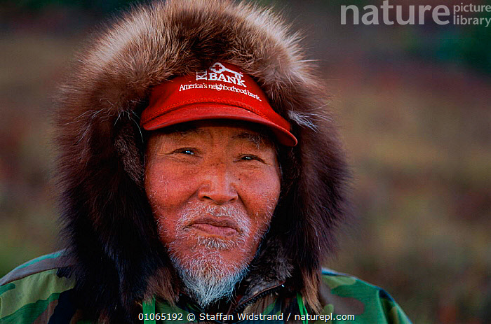 Robert Mulluk Sr, portrait, 73 years old, Kobuk Valley NP, Alaska, USA, PEOPLE,TRIBES,HOMO SAPIENS,PORTRAITS,FACES,MAN,HEADS,USA,North America,Catalogue1, Staffan Widstrand