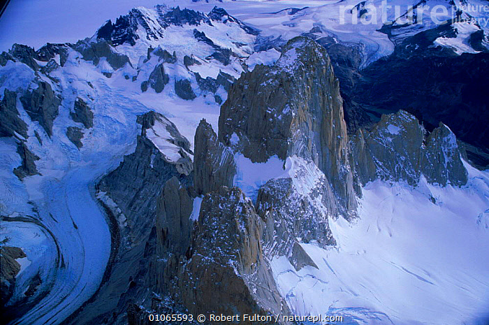 Aerial view of snow capped mountains, Lago Argentina, Argentina, AERIAL,AMERICA,COLD,FULTON,HORIZONTAL,ICE,LAGO,LANDSCAPES,MOUNTAINS,RFU,ROBERT,SNOW,SOUTH,SOUTH AMERICA ,AERIALS,SOUTH-AMERICA, Robert Fulton