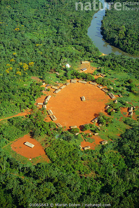 Kayapo indian tribe settlement by River Iriri, Xingu river system, Amazon Basin.  ,  AERIAL,AERIAL,BASIN,HOMES,HUTS,LANDSCAPES,RAINFOREST,RIVERS,TROPICAL RAINFOREST,VILLAGES ,AERIALS,SOUTH-AMERICA  ,  Martin Dohrn