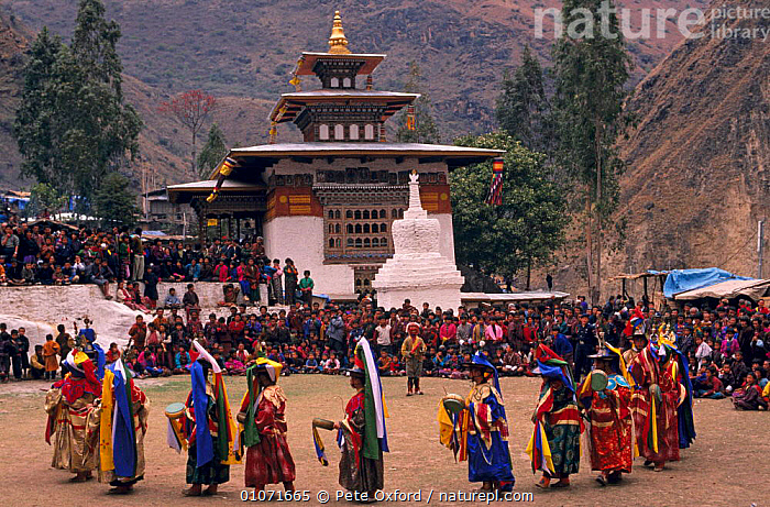 Dance of the Black Hats - Gom Kora Festival, Bhutan  ,  ASIA,COSTUME,CULTURES,FESTIVALS,PEOPLE,TRADITIONAL,INDIAN-SUBCONTINENT  ,  Pete Oxford