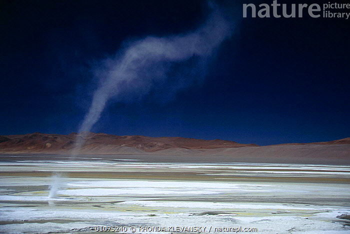 Salar pujsa, dust devil, Atacama desert, Chile  ,  ATACAMA,DESERTS,DEVIL,DUST,HORIZONTAL,LANDSCAPES,SOUTH AMERICA,STORMS,TORNADO,TORNADOES,WEATHER,SOUTH-AMERICA  ,  RHONDA KLEVANSKY