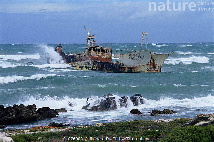 Waves breaking over shipwreck, Cape Angulus, South Africa  ,  AFRICA,BOATS,COASTS,HORIZONTAL,SOUTHERN AFRICA,WAVES,WRECK  ,  Richard Du Toit