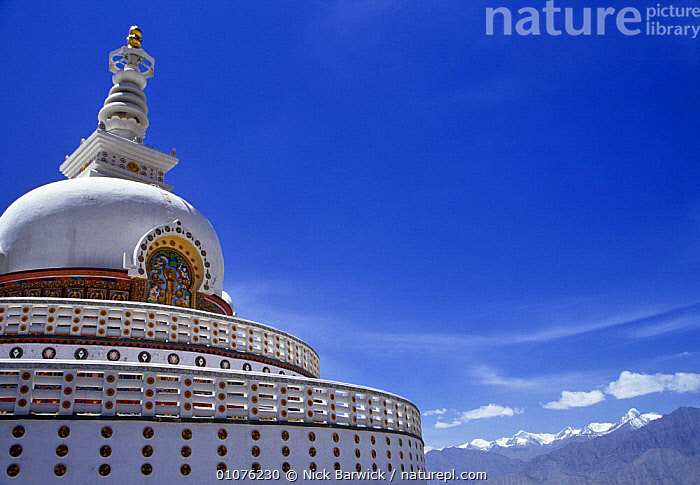 Shanti stupa, a Buddhist Peace Pagoda in Leh, Ladakh, North India  ,  ASIA,BUDDHISM,BUILDINGS,INDIAN SUBCONTINENT,LANDSCAPES,MOUNTAINS,PEACEFUL,SKIES,Concepts,INDIAN-SUBCONTINENT  ,  Nick Barwick