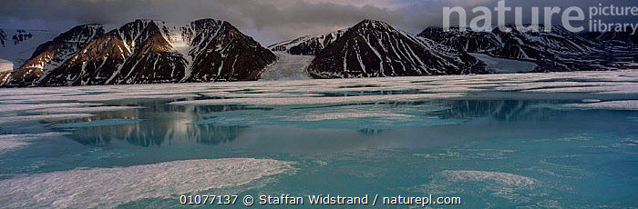 Bylot island, Baffin islands, melting sea ice in spring Canada Spring  ,  ARCTIC,GLACIERS,LANDSCAPES,NORTH,PANORAMIC,SKY,SNOW,TERRITORIES,WEST,Geology,North America  ,  Staffan Widstrand