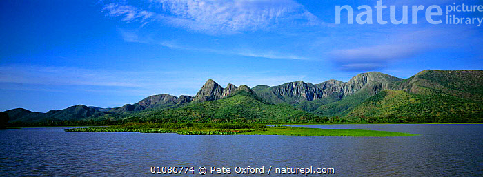 Amolar Mountain Range, Pantanal World Heritage Site, Northern Brazil, South America  ,  MOUNTAINS,WETLANDS,PANORAMIC,WATER,LANDSCAPES,PEACEFUL,RIVERS,Concepts,SOUTH-AMERICA  ,  Pete Oxford