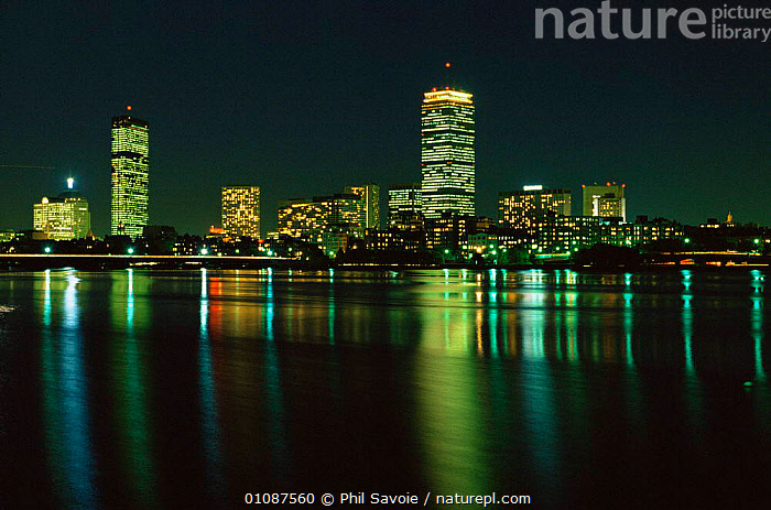 Boston cityscape at night, reflections in Charles River, Boston, Massachusetts, USA  ,  BUILDINGS,cityscapes,LANDSCAPES,LIGHTS,NIGHT,NORTH AMERICA,REFLECTIONS,RIVERS,URBAN,USA,WATER  ,  Phil Savoie