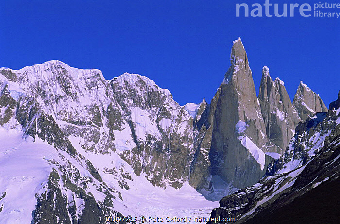 Fitzroy Massif peak, part of Andes range, Patagonia, Argentina, South America, HIGHLANDS,LANDMARK,LANDSCAPES,MOUNTAINS,NP,PEAKS,RANGES,RESERVE,ROCK FORMATIONS,ROCKS,SOUTH AMERICA,SUMMIT,Geology,National Park,SOUTH-AMERICA, Pete Oxford