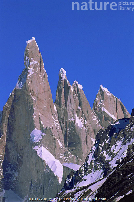 Fitzroy Massif peak, part of Andes range, Patagonia, Argentina, South America, HIGHLANDS,JAGGED,LANDMARK,LANDSCAPES,MOUNTAINS,NP,PEAKS,RANGES,RESERVE,ROCK FORMATIONS,ROCKS,SOUTH AMERICA,SUMMIT,VERTICAL,Geology,National Park,SOUTH-AMERICA, Pete Oxford