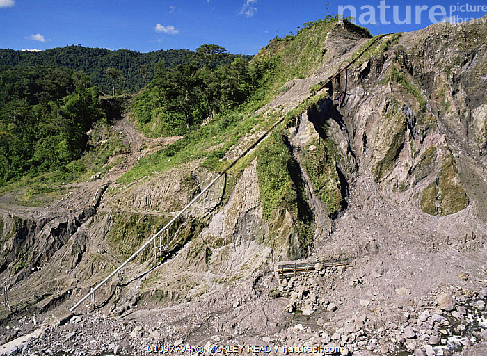 Trans-Andean pipeline, oil from Amazon to coast, earthquake zone, Ecuador, South America, CRUDE OIL,DEFORESTATION,HIGHLANDS,LANDSCAPES,MOUNTAINS,SOUTH AMERICA, MORLEY READ