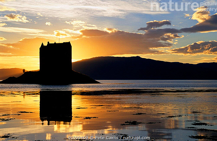 Castle Stalker at sunset, Port Appin, Argyll, Scotland.  ,  BUILDING,BUILDINGS,CASTLES,COLOURFUL,EUROPE,EVENING,LAKES,LANDSCAPES,LOCH,SCENICS,SILHOUETTE,SILHOUETTES,UK,WATER,United Kingdom,British, United Kingdom, United Kingdom, United Kingdom, United Kingdom  ,  Pete Cairns