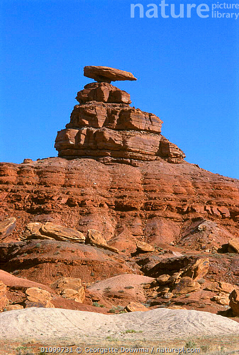 Mexican hat, Monument valley, Arizona, USA sandstone erosion  ,  DESERT,DESERTS,EROSION,FORMATIONS,GD,GEOLOGY,LANDSCAPE,LANDSCAPES,MONUMENT,NORTH AMERICA,RESERVE,ROCK,ROCK FORMATIONS,ROCKS,SANDSTONE,SCENIC,SCENICS,VERTICAL,USA  ,  Georgette Douwma
