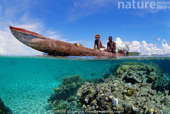 Papuan fisherman + son in outrigger canoe, split level Papua New Guinea  ,  ASIA,BOAT,BOATS,LANDSCAPES,PAPUA NEW GUINEA,PEOPLE,SOUTH EAST ASIA,SPLIT LEVEL,TRADITIONAL,TRIBE,TRIBES,UNDERWATER,WEST-AFRICA,NEW GUINEA,Africa  ,  Jurgen Freund