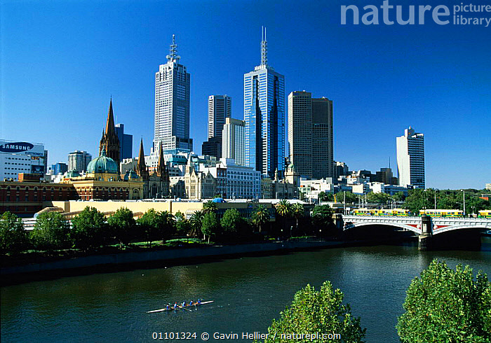Melbourne City skyline in daytime from Southgate, Victoria, Australia  ,  BRIDGES,BUILDING,BUILDINGS,CITIES,CITY,DAYTIME,GHE,HORIZONTAL,LANDSCAPES,MELBOURNE,RIVERS,SCENICS,SKYLINE,SKYSCRAPERS,TRAVEL,AUSTRALIA  ,  Gavin Hellier