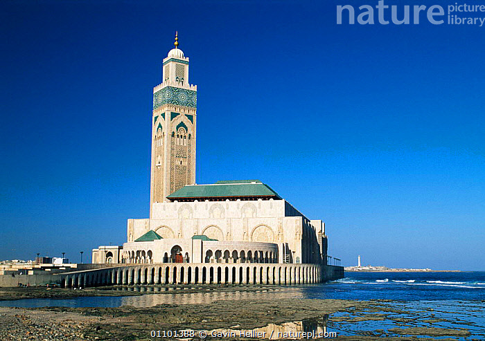 Hassan II Mosque Casablanca, Morocco, North Africa  ,  AFRICA,ARCHITECTURE,BUILDING,BUILDINGS,CASABLANCA,CULTURES,GHE,HORIZONTAL,LANDSCAPES,MOSQUE,MUSLIM,NORTH AFRICA,RELIGION,RELIGIOUS,SCENICS,TEMPLE,TEMPLES,TOWER,TRAVEL,NORTH-AFRICA  ,  Gavin Hellier