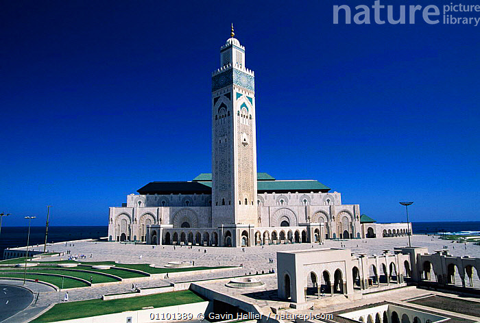 Hassan II Mosque Casablanca, Morocco, North Africa  ,  AFRICA,ARCHITECTURE,BUILDING,BUILDINGS,CASABLANCA,CULTURES,GHE,HORIZONTAL,LANDSCAPES,MOSQUE,MUSLIM,NORTH,NORTH AFRICA,RELIGION,RELIGIONS,RELIGIOUS,SCENICS,TEMPLE,TEMPLES,TOWER,NORTH-AFRICA  ,  Gavin Hellier