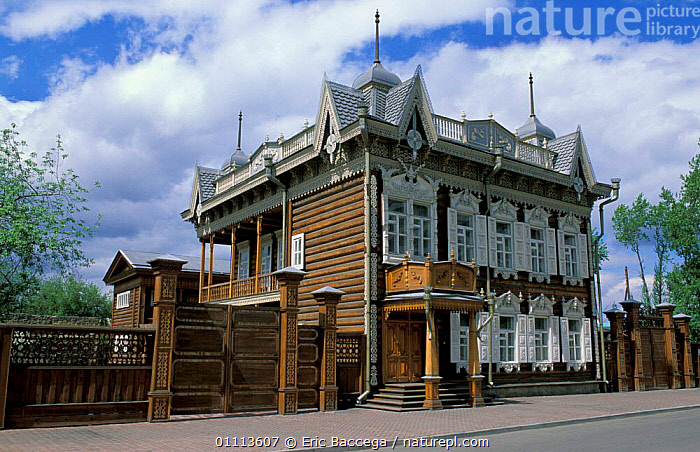Traditional wooden house, House of Europe, Irkutsk, Siberia, Russia  ,  BUILDINGS,CITIES,LANDSCAPES,TRAVEL ,RUSSIA,CIS  ,  Eric Baccega