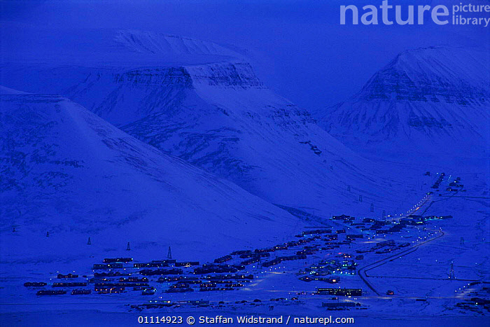 Longyearbyen town in February light, Spitzbergen, Norway, ARCTIC,BUILDINGS,DUSK,EUROPE,EVENING,LANDSCAPES,LIGHTS,MOUNTAINS,NIGHT,NORWAY,SCANDINAVIA,SETTLEMENT,SNOW,TOWNS,VILLAGES, Scandinavia, Scandinavia, Scandinavia, Scandinavia, Scandinavia, Scandinavia,Catalogue1, Staffan Widstrand
