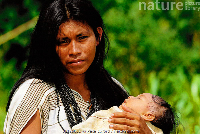 Machiguenga Indian holding baby, Timpia Community, Lower Urubamba river, Peru Amazonia  ,  LANDSCAPES,MOTHER,PEOPLE,TRIBES,TROPICAL RAINFOREST,SOUTH-AMERICA  ,  Pete Oxford