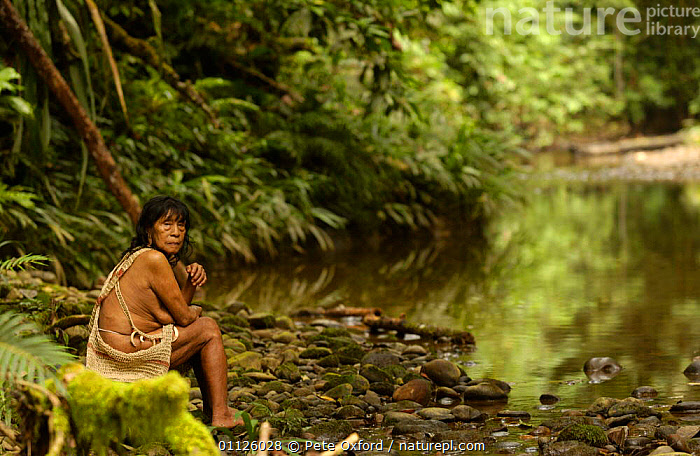 Huaorani indian beside river, rainforest tribe, Napo Province, Ecuador. Weca  ,  HABITAT,HUNTING FOOD,INDIANS,INDIGENOUS,LANDSCAPES,PEOPLE,RIVERS,TRIBES,TROPICAL RAINFOREST  ,  Pete Oxford