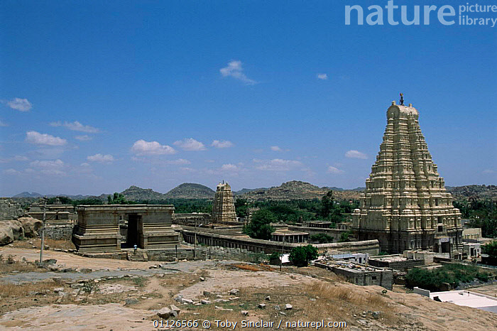 Virupaksha hindu temple, Vijaynagar, Hampi, Karnataka, India  ,  ASIA,BUILDINGS,LANDSCAPES,TEMPLES,INDIAN-SUBCONTINENT,INDIA  ,  Toby Sinclair