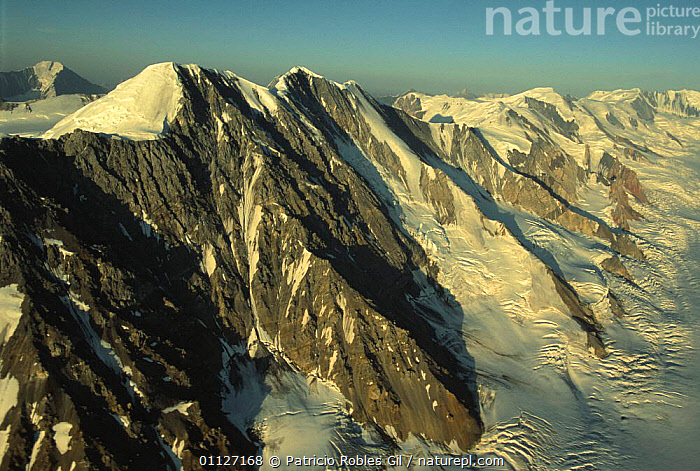St Elias Mountains, Kluane NP, Yukon, Canada  ,  AERIALS,ALTITUDE,CANADA,HIGHLANDS,LANDSCAPES,MOUNTAINS,NORTH AMERICA,NP,PEAKS,RANGES,SNOW,SUMMIT,National Park  ,  Patricio Robles Gil