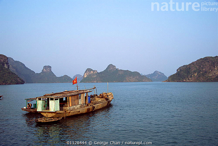 Houseboat, Haloong Bay, North Vietnam  ,  BOATS,ASIA,COASTS,LANDSCAPES,SOUTH-EAST-ASIA  ,  George Chan