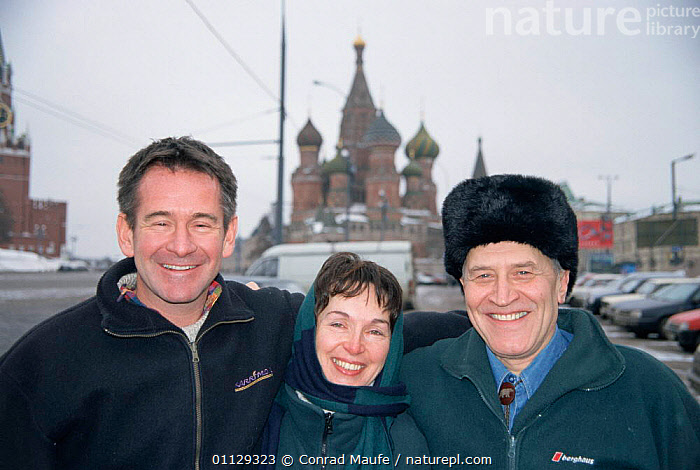 Nigel Marven, Lena Smolina and Nikkolai Drosdov, Moscow, Russia, EUROPE,CITIES,PEOPLE,THREE,PRESENTER, Conrad Maufe