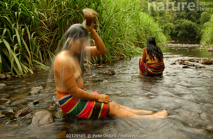 Colorado indian women bathing, Santo Domingo de Los Colorados, Ecuador  ,  TRADITIONAL,TRIBES,WATER,WOMAN,RIVERS,WORKING,PEOPLE,LANDSCAPES  ,  Pete Oxford